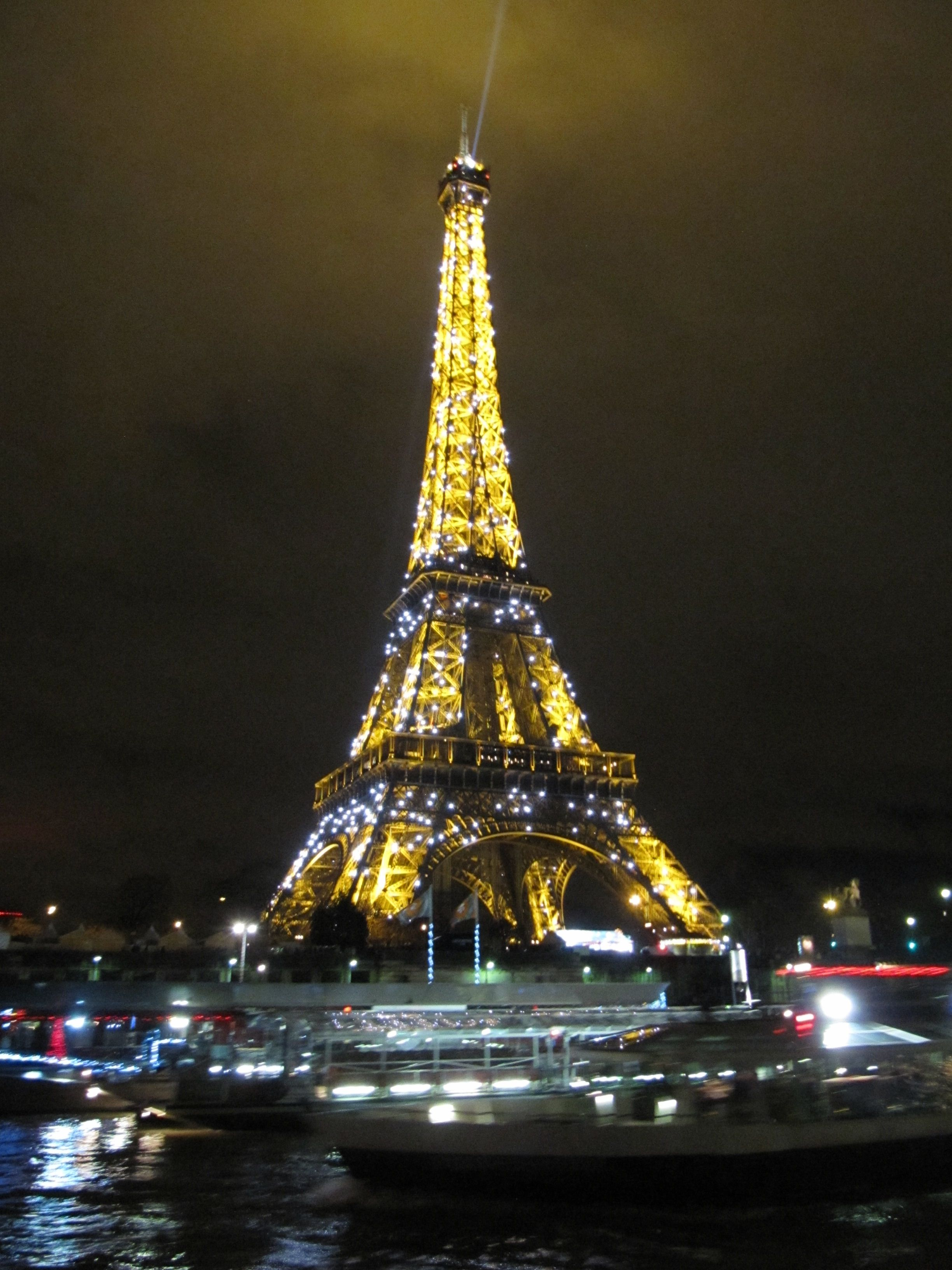The Eiffel Tower shining on New Year's Eve